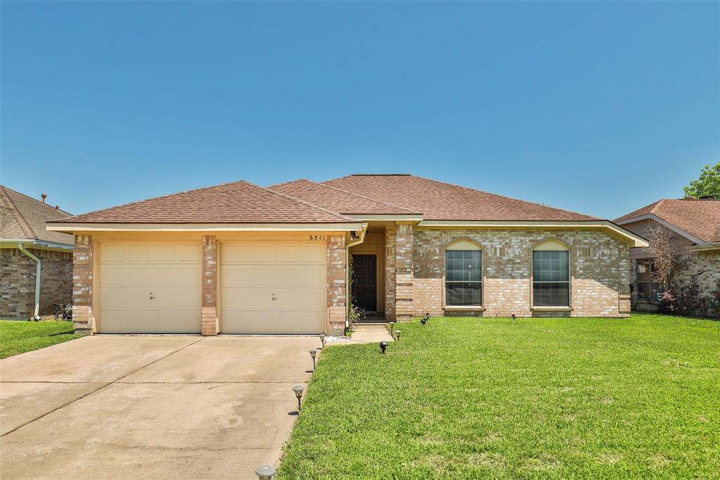 6511 Fairbourne Drive, Pasadena, Texas 77505, 3 Bedrooms Bedrooms, 6 Rooms Rooms,2 BathroomsBathrooms,Single-family,For Sale,Fairbourne,64181027