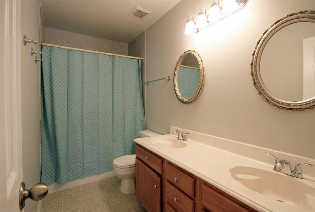 Full bath # 2 with dual vanities