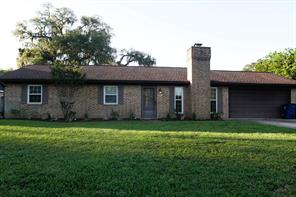 310 S Amherst Drive, West Columbia, TX 77486