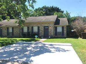 610 Travis Street, Webster TX 77598