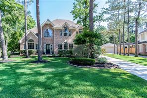 68 E Sandalbranch Circle, The Woodlands, TX 77382