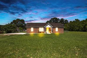 25 County Road 2208 1, Cleveland TX 77327