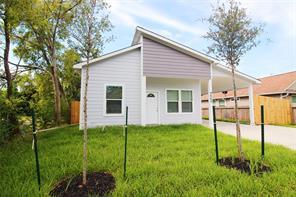 4662 Larkspur Street, Houston, TX 77051