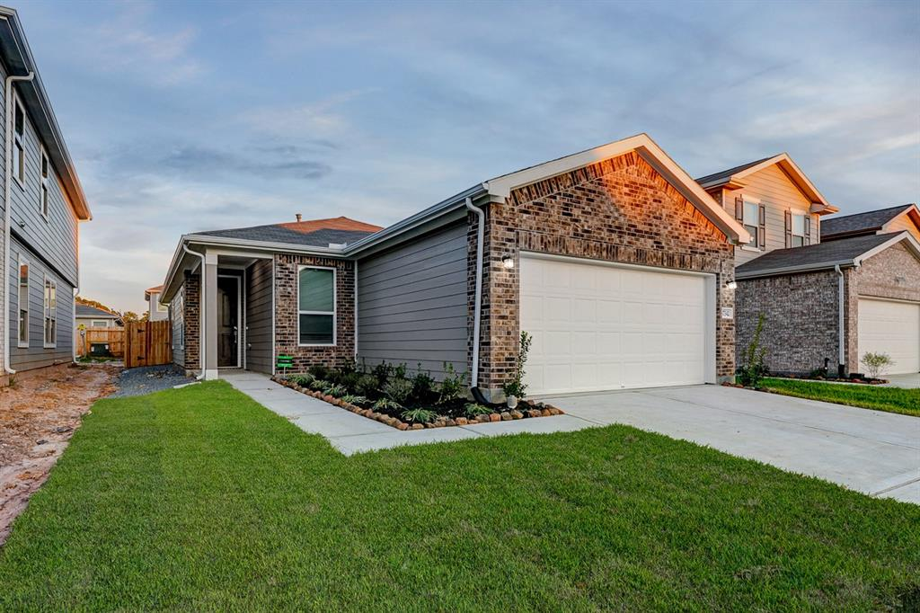 17342 Texas Willow Drive, Tomball, Texas 77377, 3 Bedrooms Bedrooms, 8 Rooms Rooms,2 BathroomsBathrooms,Single-family,For Sale,Texas Willow,54725154