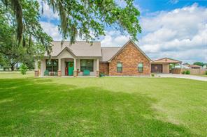 1444 Prairie Court, Angleton, TX 77515