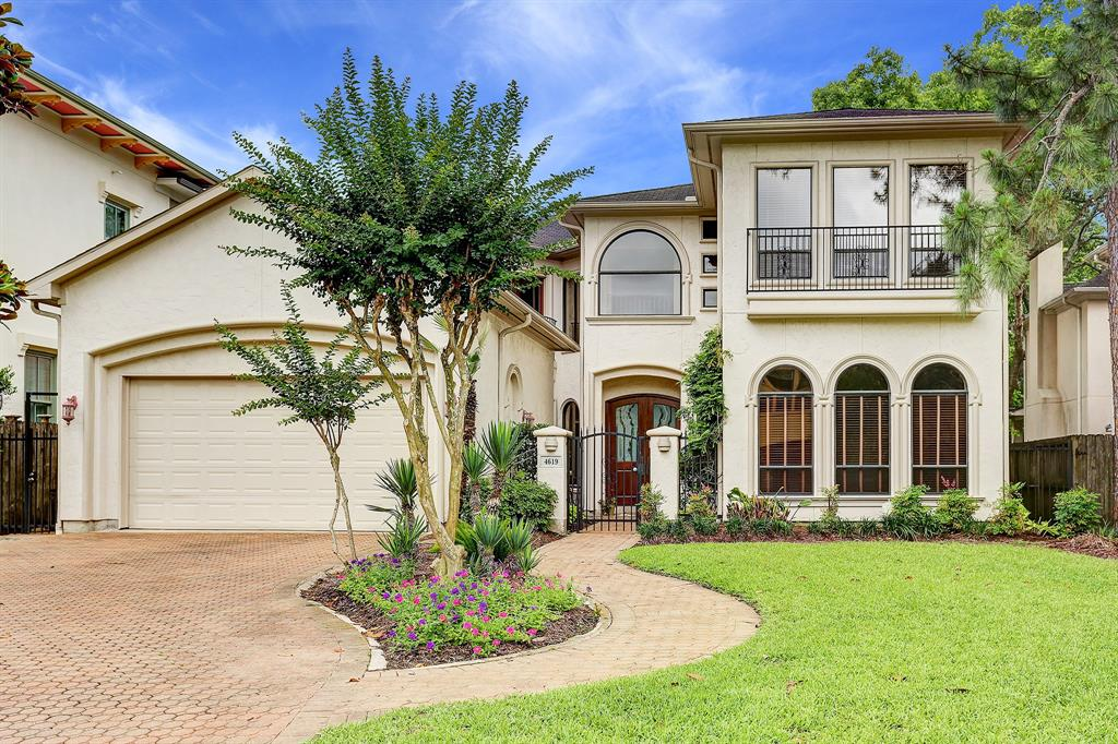 4619 Willow Street, Bellaire, Texas 77401, 5 Bedrooms Bedrooms, 12 Rooms Rooms,4 BathroomsBathrooms,Single-family,For Sale,Willow,37870658