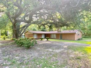 503 W Holly Street, Woodville, TX 75979