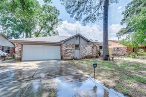 7506 Oak Village, Houston TX 77396