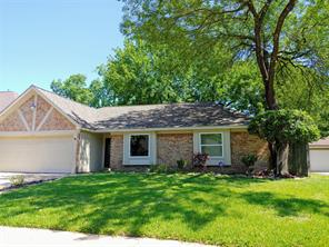5822 Silver Forest Drive, Houston, TX 77092