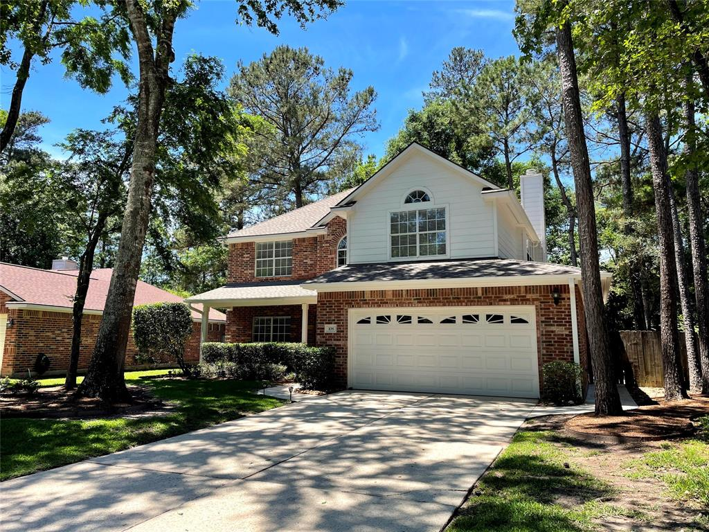 Must see!! Beautiful four bedroom, 2.5 bath home in Alden Bridge.   Well maintained inside and out! Formal dining room, kitchen features stainless steel appliances (refrigerator included!)  Enjoy the outdoors with the large backyard porch and shade trees, great for entertaining. The upstairs features 4 spacious bedrooms. The master bath features dual vanities, separate shower and tub.  Enjoy The Woodlands living, easy access to I-45, Make your appointment today!