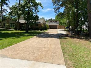 619 Shadylake Dr Drive, New Caney, TX 77357
