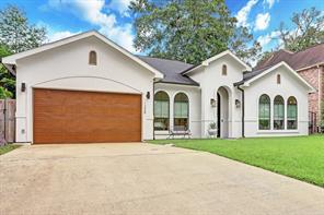 1308 Krist Drive, Spring Valley Village, TX 77055
