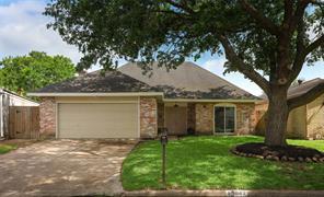 13842 Walnut Hollow Lane, Houston, TX 77082