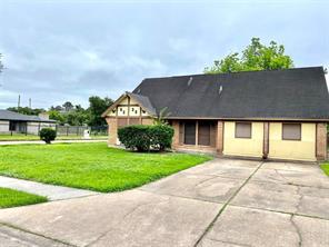 6230 Standing Oaks, Houston TX 77050