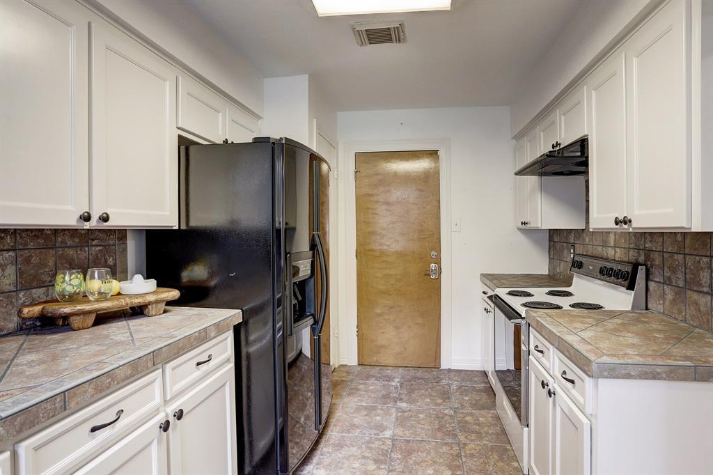 Spacious galley kitchen