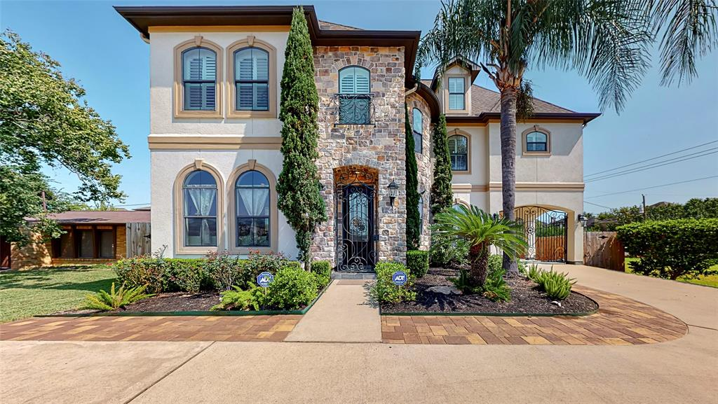 Tuscan inspired custom-built home, zoned to much sought after schools: Condit, Pershing and Bellaire Highschool. As you enter, walk into a high entry domed ceiling foyer and impressive wrought iron spiral stairway.  Kitchen opens to the family room  (22x19) and Breakfast nook (13x8) with double ovens, inset refrigerator, island and gas range.   Family room has numerous custom built ins, fireplace, oversized windows and wet bar.  Both formals (living/dining) with an open flow from/to the kitchen. Second level featuring: study area, all bedrooms with en-suite bath and a garage apartment. Large primary suite (21x26) w jacuzzi tub, stand up shower and ample vanity w/duel sinks. Check out the 3D Virtual Tour and Call to View!