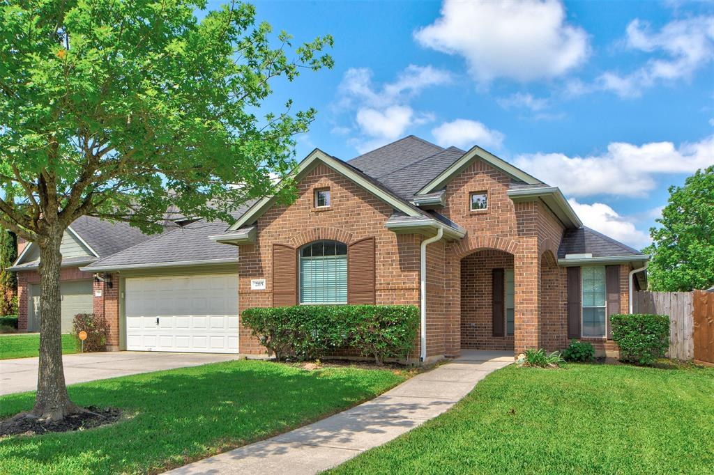Must see, Move in ready home. Welcome to 2115 Leaf Meadows Ct. Home is located on a cul-de-sac lot at Spring Trails and zoned to nationally recognized Conroe ISD! This beautiful one-story home features 3 bedrooms, 2 full baths. Wood and tile throughout the house. High ceilings with an open inviting layout & open style kitchen that is perfect for entertaining. Washer, dryer, refrigerator included. Back yard has a new deck perfect for family outings throughout the year. Full sprinklers. Spring Trails offers a community pool, tennis courts, neighborhood park, and many more. Great location with easy access to 99 and shopping/retail/dining. Don't miss this one!