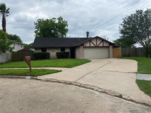 302 Fair Oak Court, Stafford, TX 77477