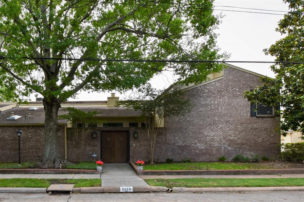 5220 2 Palmetto Street, Bellaire, Texas 77401, 3 Bedrooms Bedrooms, 6 Rooms Rooms,2 BathroomsBathrooms,Townhouse/condo,For Sale,Palmetto,10879897