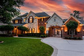 27 N Fair Manor Circle, The Woodlands, TX 77382