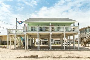 1115 White Cap Drive, Surfside Beach, TX 77541