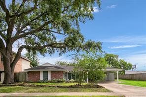 5545 Pagewood Lane, Houston, TX 77056