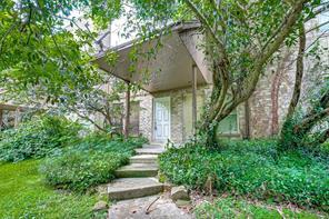 1011 Hamblen Road 4/404, Houston, TX 77339