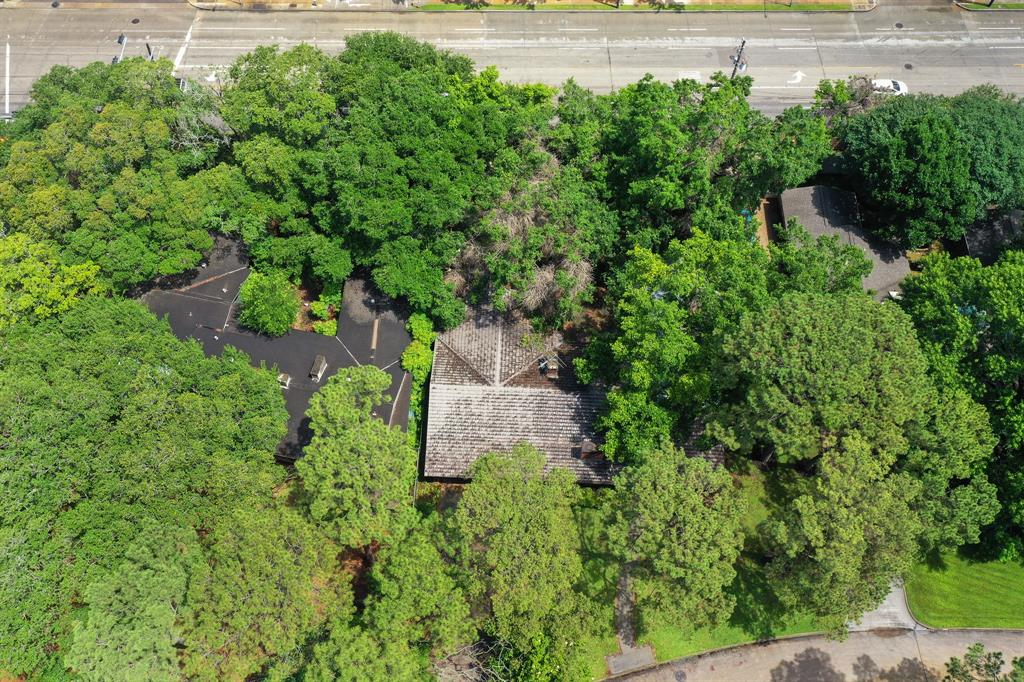 4532 Bryn Mawr Lane, Houston, Texas 77027, 3 Bedrooms Bedrooms, 10 Rooms Rooms,2 BathroomsBathrooms,Single-family,For Sale,Bryn Mawr,95876297