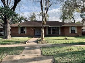 7742 Glenheath Street, Houston, TX 77061