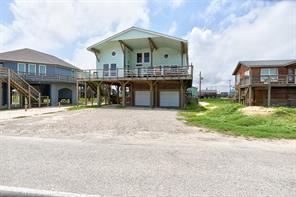906 Beach Drive, Surfside Beach, TX 77541