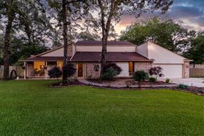 911 Harvey Drive, Pinehurst, TX 77362