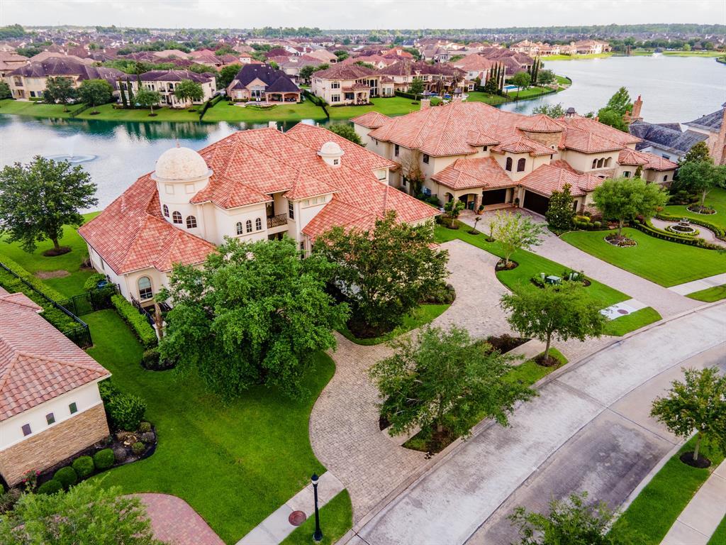 28 Miramar Heights Circle, Sugar Land, TX 77479