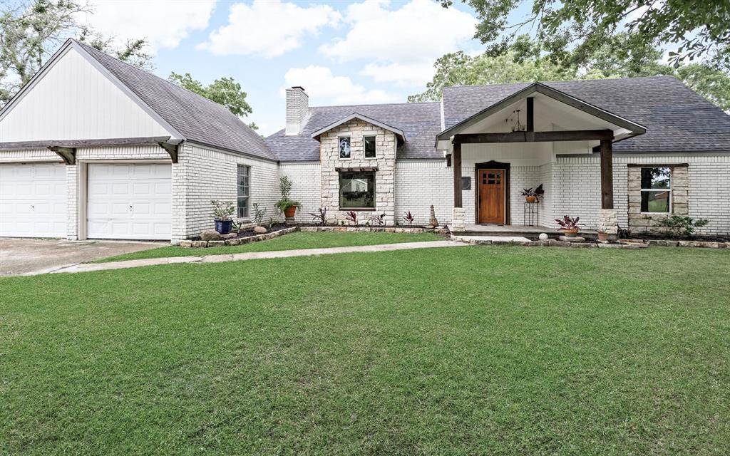 20096 Englin Road, Winnie, TX 77665