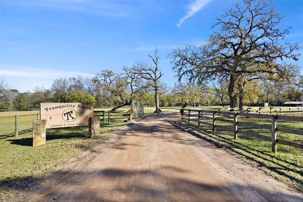 20917 Karen Switch Road Road, Magnolia, TX 77354