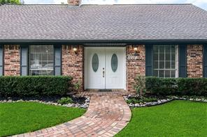 5914 Spruce Forest Drive, Houston, TX 77092
