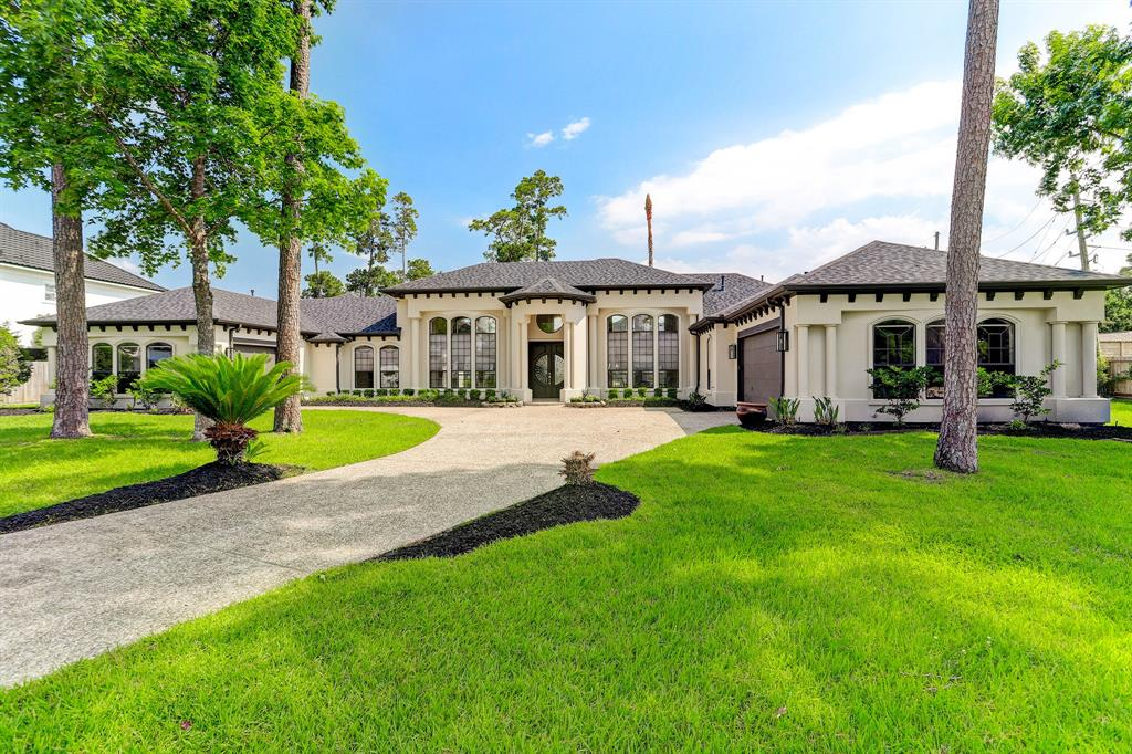 ***Offer accepted - No More Showings Allowed - No more Offers*** Located in Kings Lake Estates, one of the most prestigious gated communities of Kingwood*A hard to find 1 story home w/four bedrooms, 4-1/2 baths and an open floor plan for entertaining or family gatherings, alll on a beautiful 28,267 sq ft lot complete with a pool, patio areas and lawn*This lovely home was affected during the 'Freeze' and has been remediated*Per owner, the home experienced 1 inch of water*21 double pane clear bronze windows replaced September2020*Roof replaced May 2021*Mold certificate is pending*Home has been priced to allow a new owner to complete & add their own personal touches*Zoned to highly rated Deerwood Elementary, Riverwood Middle School & Kingwood High School*Phenomenal opportunity to live in this beautiful area!