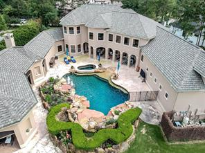 18 Winslow, The Woodlands TX 77382