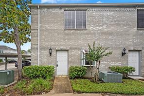 7671 Cambridge Street, Houston, TX 77054