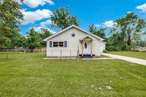 465 Smith, Sour Lake TX 77659