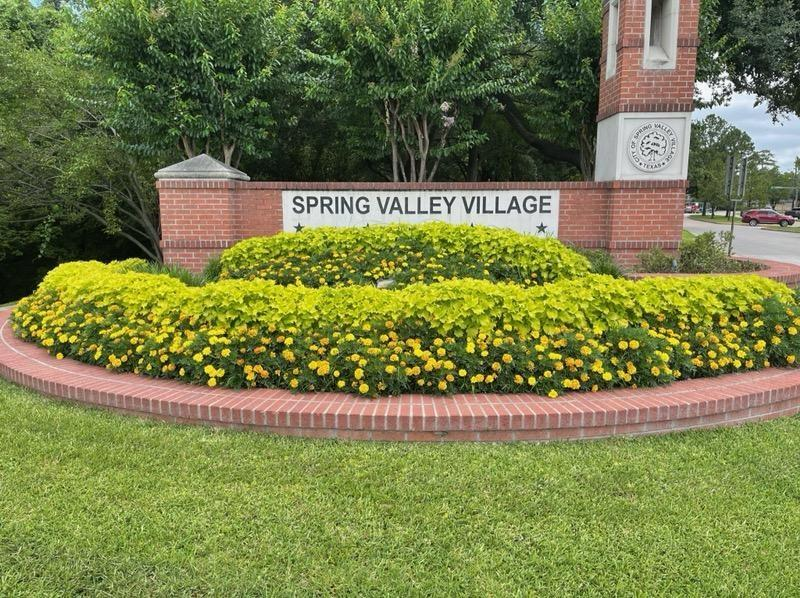 Great building site in the heart of Spring Valley located at the corner of Westview and Voss! 13,500 SF lot Memorial HS, Spring Branch MS, Valley Oaks EL.  The home is a teardown....with a pool. Spring Valley did not have flooding during Harvey! Spring Valley Police! This lot is surrounded by $1M to $2M homes!
