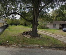 5302 Burma Road, Houston, TX 77033