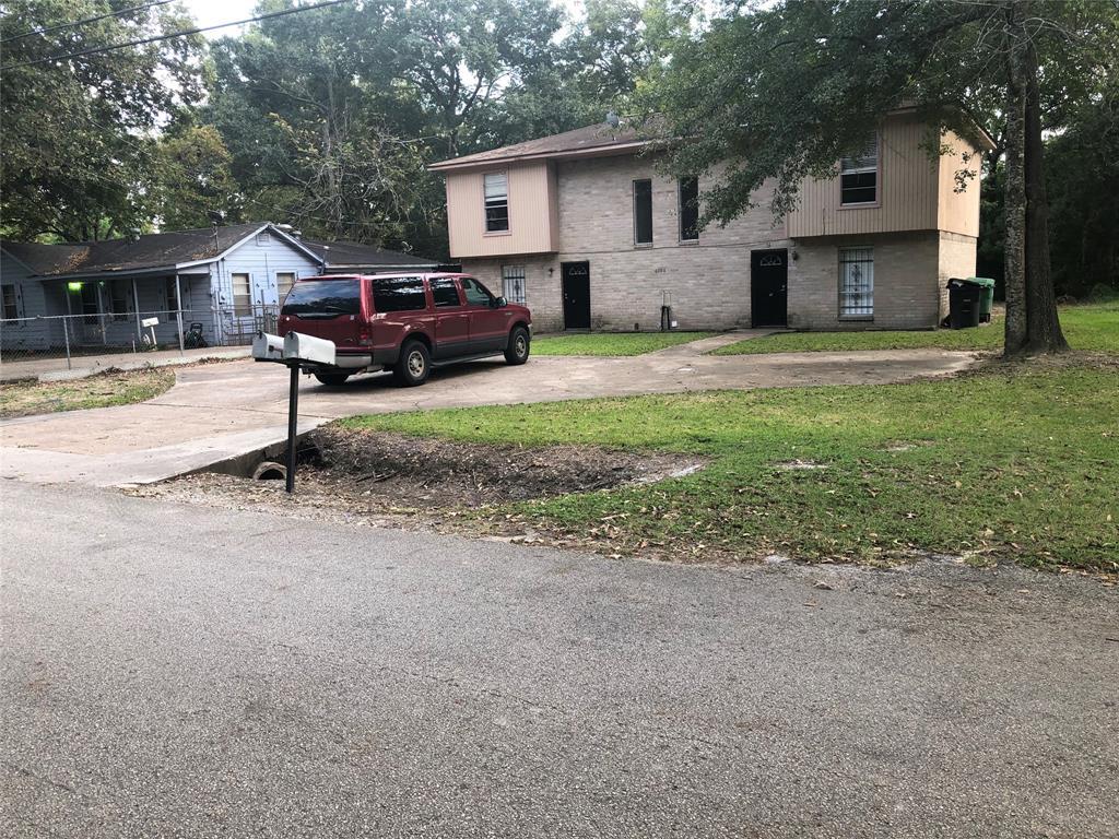 6706 Finch Street 1-2, Houston, TX 77028
