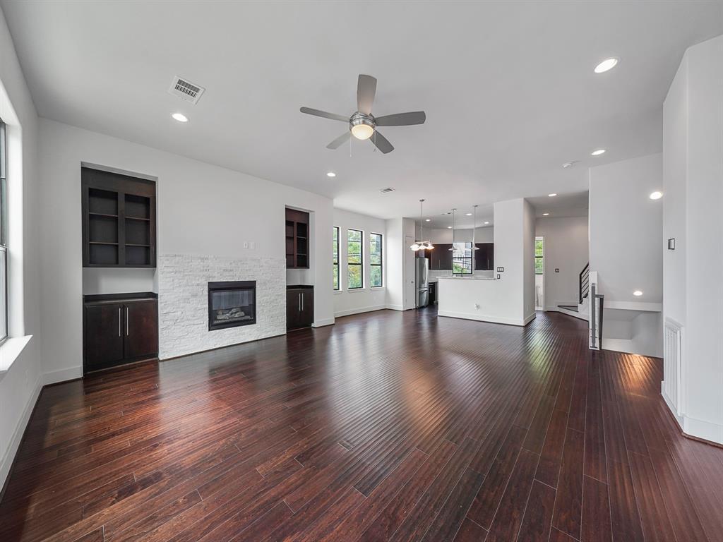 1771 4 Michigan Street, Houston, Texas 77006, 3 Bedrooms Bedrooms, 6 Rooms Rooms,3 BathroomsBathrooms,Townhouse/condo,For Sale,Michigan,22972561