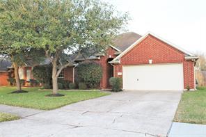 506 Green Cedar Drive, League City, TX 77573