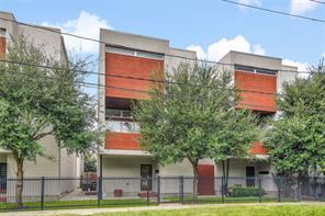 1709 Beall, Houston, TX, 77008