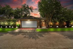 1706 Linfield Way, Houston, TX 77058