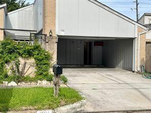 7011 Pouter Drive, Houston, TX 77083