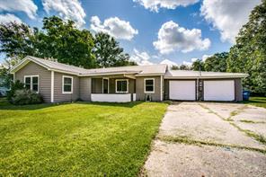 608 Tate Avenue, Eagle Lake, TX 77434