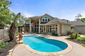 39 Rosedown Place, The Woodlands, TX 77382