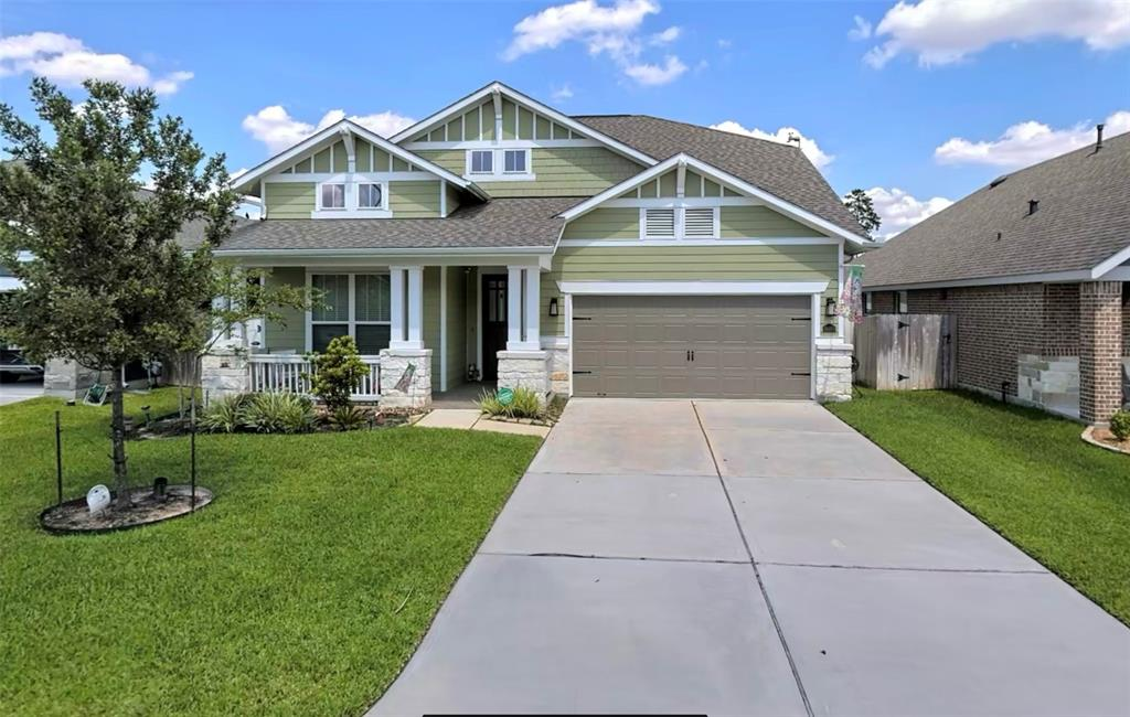 This is an impeccably kept two story property located close in a wonderful commun. The home features an open family room and kitchen and also offers a formal living room, dining room, and three bedrooms. Neighborhood amenities include beautiful lakes, pool, playground and children's pool. The location is excellent with easy access to I45, the Hardy Toll Road, and Highway 99. Great shopping and restaurants are located just minutes away. Excellent CISD schools make this one property that will not last long on the market!